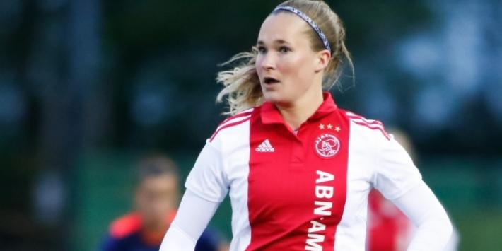 Vrouwen: Ajax haalt en loopt uit, ADO krijgt pak rammel