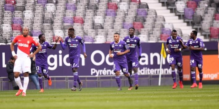 Oud-Ajacied Sanogo bezorgt Monaco puntenverlies