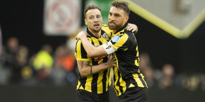 """Kashia belooft terug te keren bij Vitesse: """"Misschien als speler"""""""