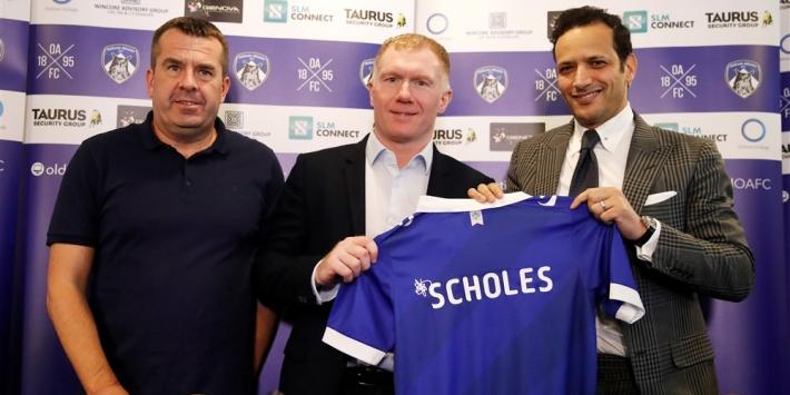 Scholes na 31 dagen alweer vertrokken bij Oldham