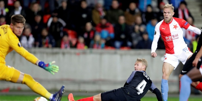 """Van Buren met Slavia tegen Barcelona: """"Kijk altijd naar ze"""""""