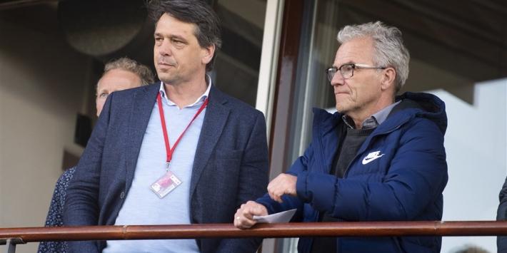 Ajax en operationeel directeur Arisz per 1 juli uit elkaar