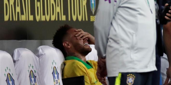 PSG komt met update: Neymar vier weken uit de roulatie
