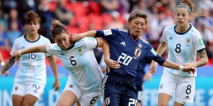 Argentinië weert zich kranig en frustreert favoriet Japan