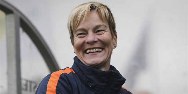 Pauw duikt op bij Ierse vrouwen voor historische EK-missie