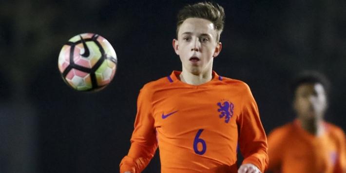AZ legt 'moderne middenvelder' Fedde de Jong vast tot 2022