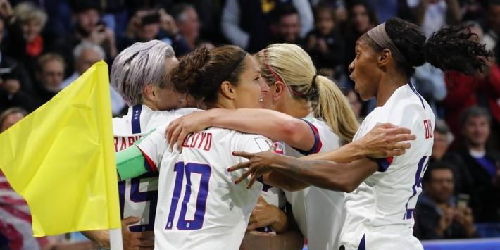 Verenigde Staten wint groep, Chili komt één goal tekort