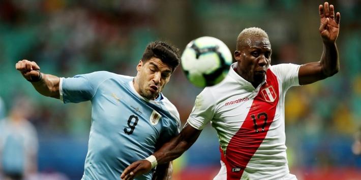 Gemiste penalty Suarez zorgt voor uitschakeling Uruguay