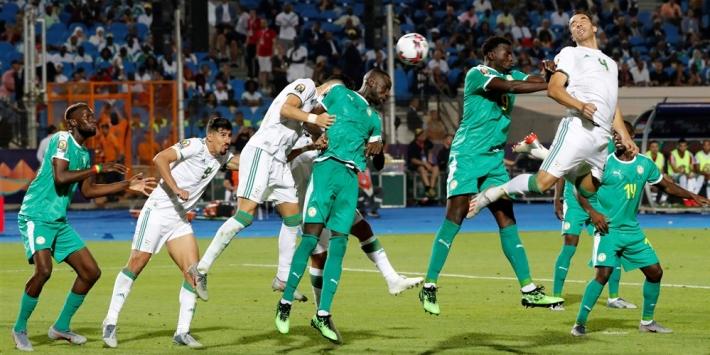 Algerije trekt aan langste eind in tegenvallende Afrika Cup-finale