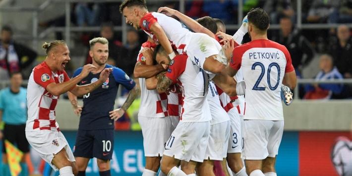 Groep E: Kroatië slaat slag, kolderieke goal helpt Wales