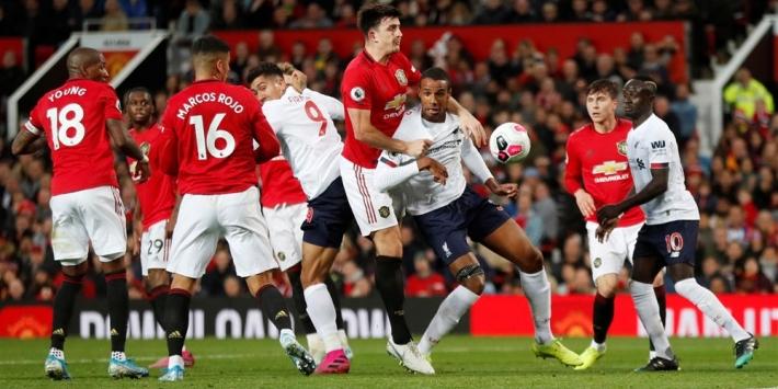 Man United roept perfecte status Liverpool een halt toe
