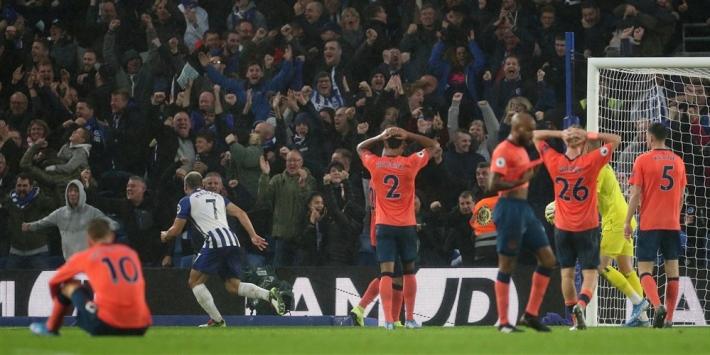 Pröppers Brighton duwt Everton richting degradatiestreep