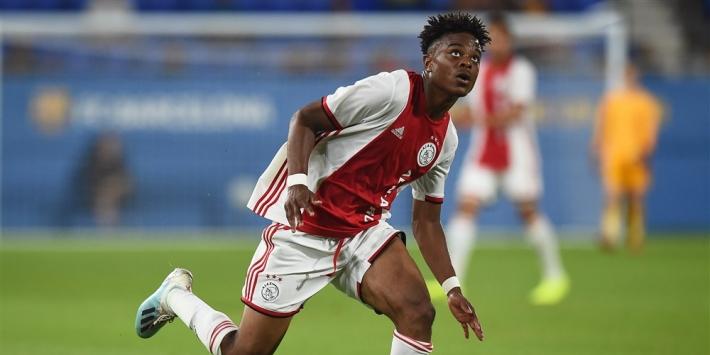 Ajax slaat slag en houdt Hansen uit handen topclubs
