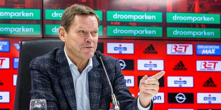'Feyenoord grijpt naast linksbacks en eiste koopoptie op Dessers'