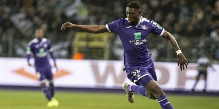'PSV verlengt contract en verhuurt Luckassen opnieuw'