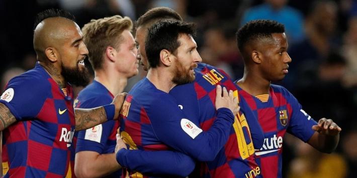 De Jong helpt Barça met assist kater weg te spoelen