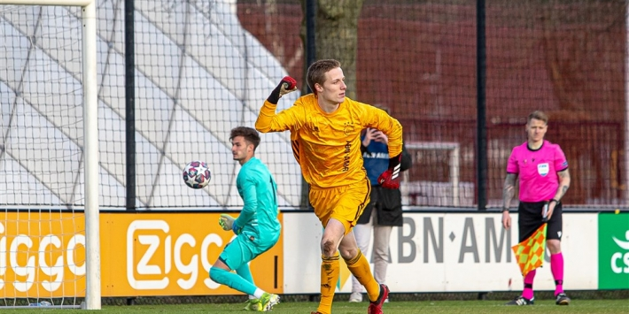 Ajax onder 19-held Reiziger had gouden tips op zijn arm staan