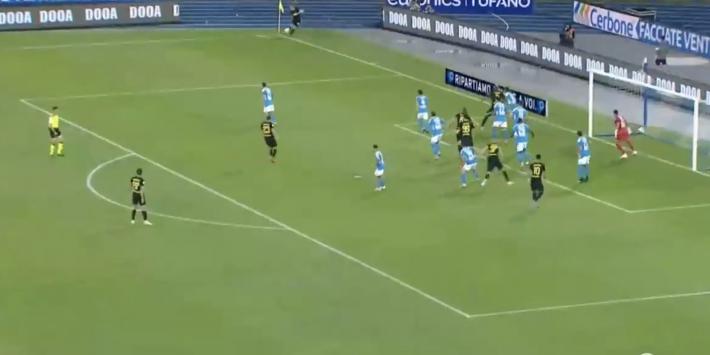 Video: Eriksen krult corner direct doel in, Ospina de fout in
