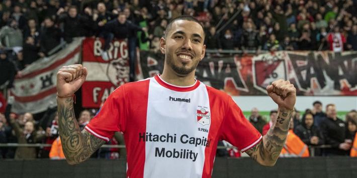 """Peña genoemd bij Villarreal: """"Ik vind dat hij nog jaar moet blijven"""""""