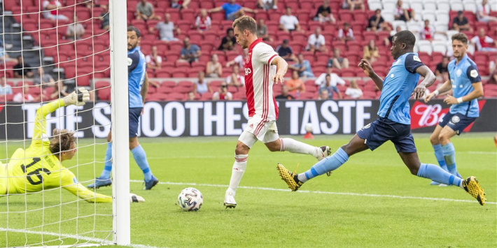 'Ajax en Tagliafico in gesprek over een nieuwe verbintenis'