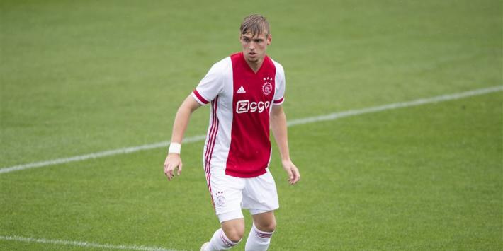 Ajax doet goede zaken met contractverlenging Taylor