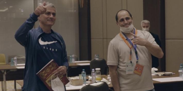 Video: Mourinho vervult wens Noord-Macedonische journalist