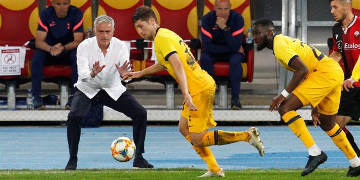 Mourinho ontdekt te kleine doelen in Macedonië en krijgt gelijk