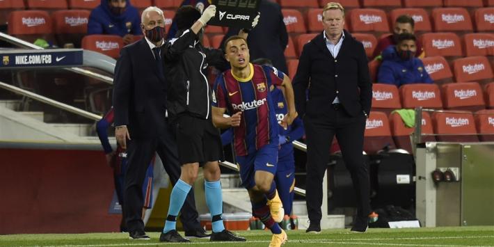 Dest krijgt van Koeman eerste basisplaats bij FC Barcelona