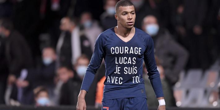 Gehavend PSG probleemloos langs tien man van Nîmes