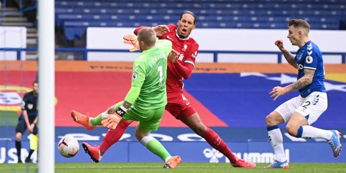 Van Dijk reageert voor het eerst op zware blessure: 'I'll be back'