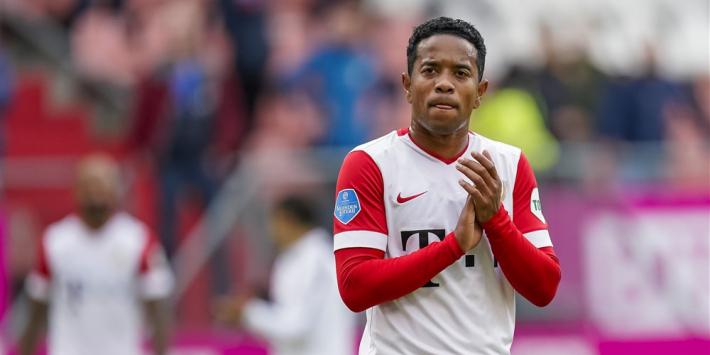 """Emanuelson 'mentor' bij FC Utrecht: """"Goede band met de jongens"""""""