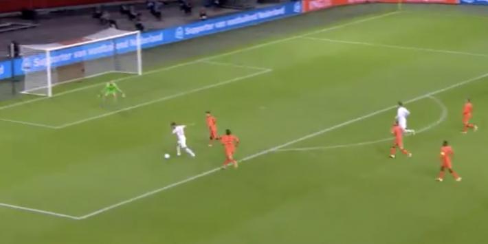 Nederlands elftal op achterstand door doelpunt Canales