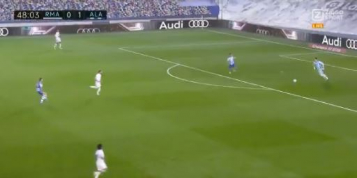 Video: blunder Courtois helpt Real Madrid verder in de problemen