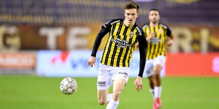 Huisman (18) tekent razendsnel een nieuw contract bij Vitesse