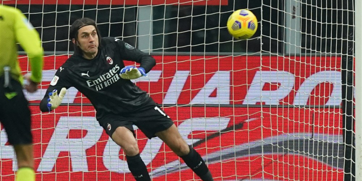 Improductief AC Milan dankt doelman Tatarusanu in Coppa Italia