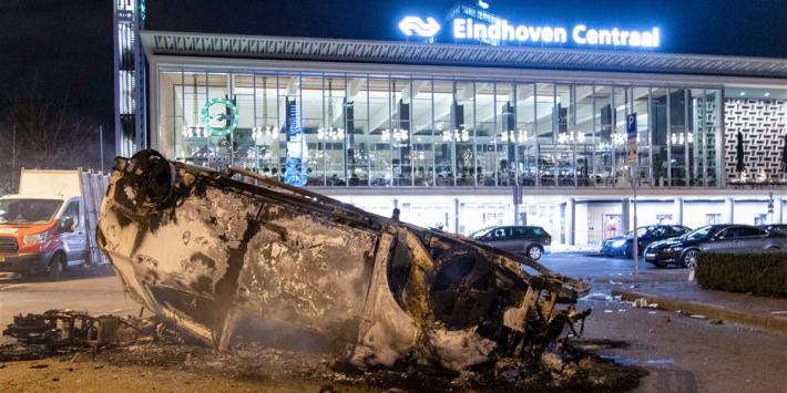 PSV vreest voor rellen en barricadeert eigen fanshop