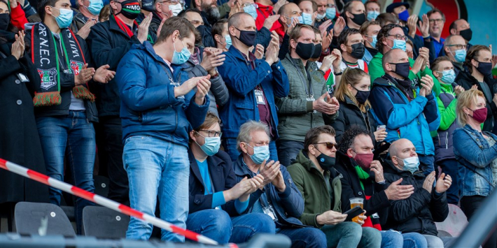 Definitief: in april keren fans weer terug in de stadions