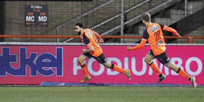 Volendam kantelt duel met Jong Ajax in spectaculair slot