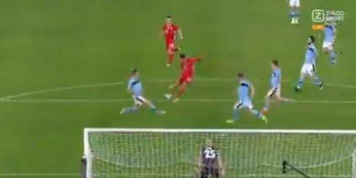 Video: 17-jarige Musiala maakt eerste CL-goal namens Bayern