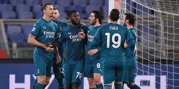 AC Milan na knotsgek duel bij AS Roma terug in titelstrijd