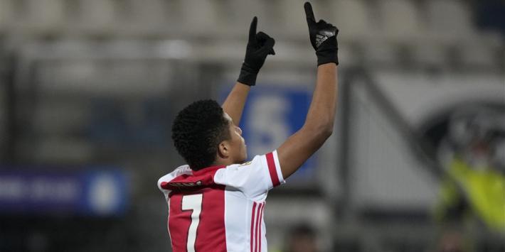 'Bij Ajax lieten de buitenspelers Neres en Antony het lelijk afweten'