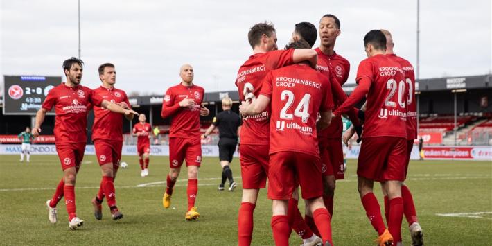 Almere City wint eerste wedstrijd na ontslag Tobiasen