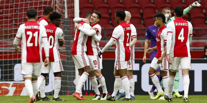Krantenoverzicht: 'Zorgen over groeiende overmacht van Ajax'