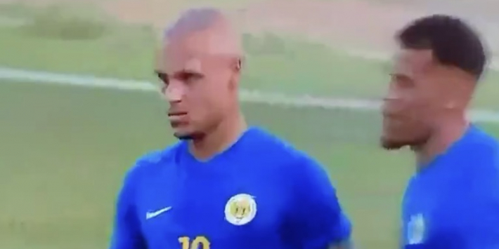 Video: Hiddink kent probleemloos debuut bij Curaçao