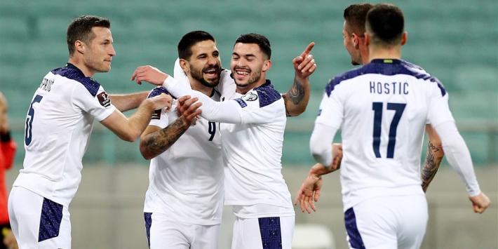Mitrovic bezorgt Servië benauwde overwinning bij Azerbeidzjan