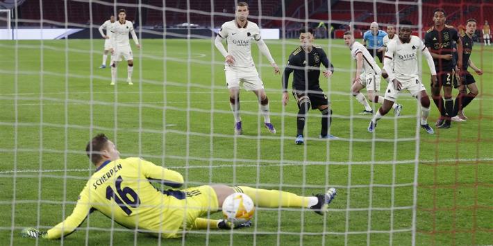 Ajax doet zichzelf erg tekort na misser Tadic en blunder Scherpen