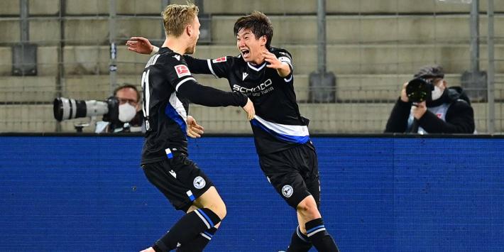 Schalke 04 krijgt met zege van Arminia volgende dreun onderin