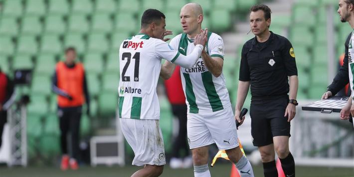 Heerenveen verpest Robben-rentree in noordelijke derby
