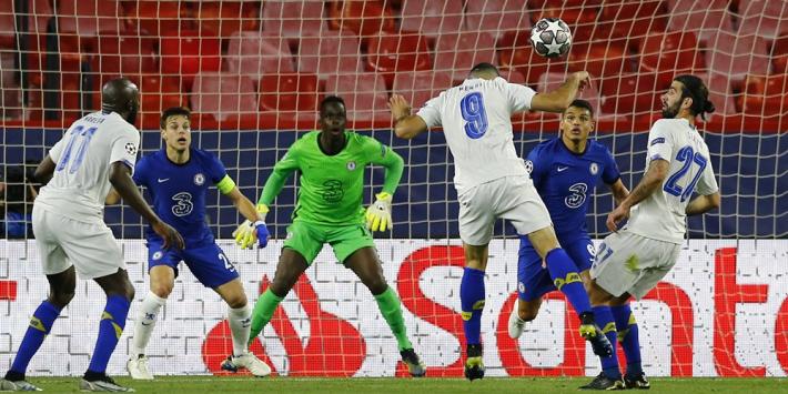 Video: FC Porto-speler maakt waanzinnige goal tegen Chelsea