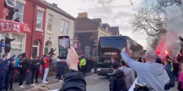 Engelse politie start onderzoek naar vandalisme bij bus Real